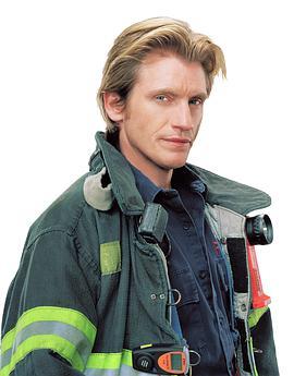 火线救援 第二季的海报